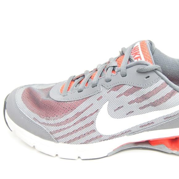 Nike Mens Reax Run 9 Gray Running Cross Training S.  M 5b61f4e03c98449940461e16 4bb8688fd